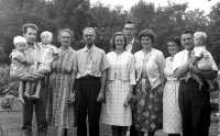 1961 family portrait. Mark, Denis, Steven, Rosebud, Ross Ashby, Ruth, Patrick,Jill, Sally, Ivan and John.